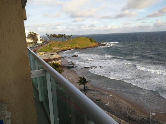 Monte Pascoal Praia Hotel Salvador: TA_IMG_20170825_215458_large.jpg