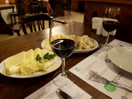 Maspindzelo: Грузинский ужин