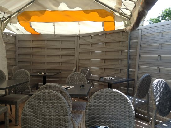 la terrasse photo de mamamia pizza lyon tripadvisor. Black Bedroom Furniture Sets. Home Design Ideas