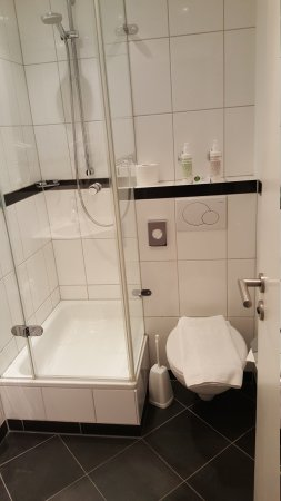 Bristol Hotel Frankfurt: Room 519