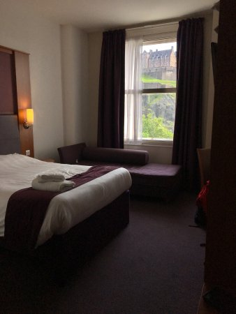 Foto de Premier Inn Edinburgh City Centre (Princes Street) Hotel
