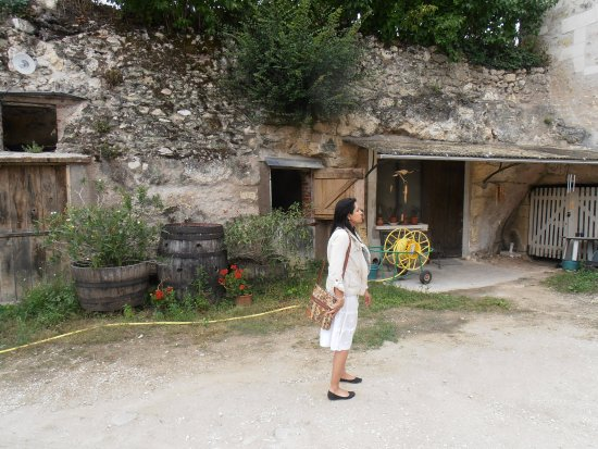 Montlouis-sur-Loire, France : Tradition and culture of winemaking