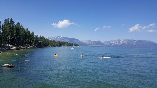 Beach Retreat & Lodge at Tahoe: View of the water from the pier restaurant The Boathouse.