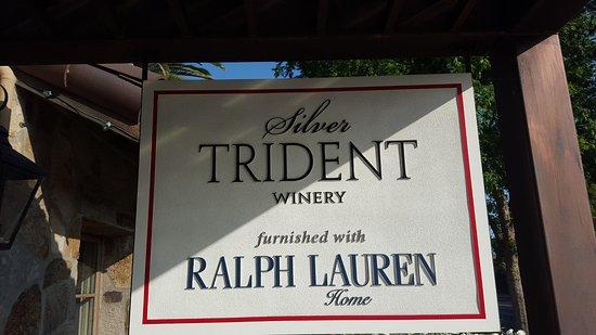 Γιούντβιλ, Καλιφόρνια: Outside the tasting room