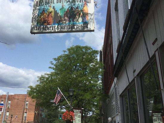 Ballston Spa, NY: Outside sign