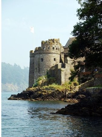 Blackawton, UK: Dartmouth town is a short drive away. Home to English Heritages Dartmouth Castle.
