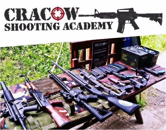 MP5 - AK 47 - AR 15 - Shotgun - UZI - Glock - Revolver - Picture of