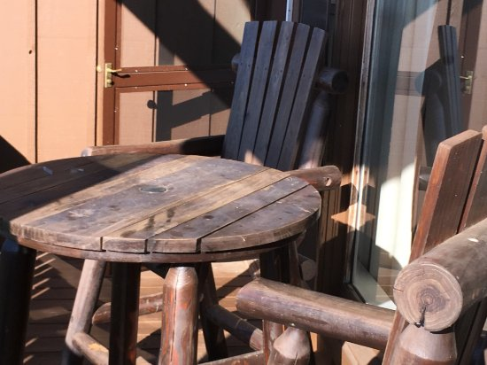 Cave in Rock, IL: deck chair