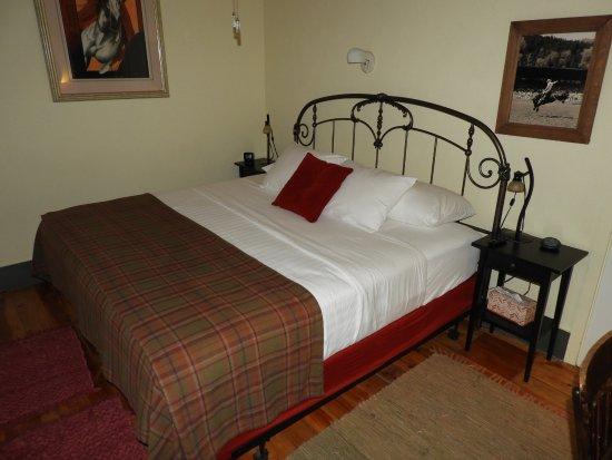Hisega Lodge : King-Sized comfy bed