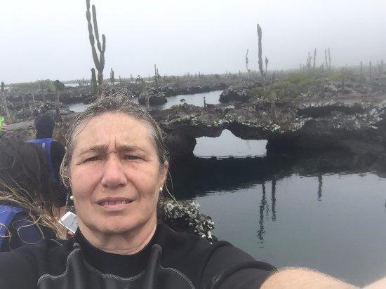 Puerto Villamil, Ecuador: tuneles de lava