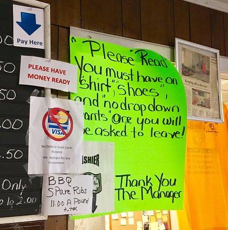 Hemingway, Güney Carolina: By the counter