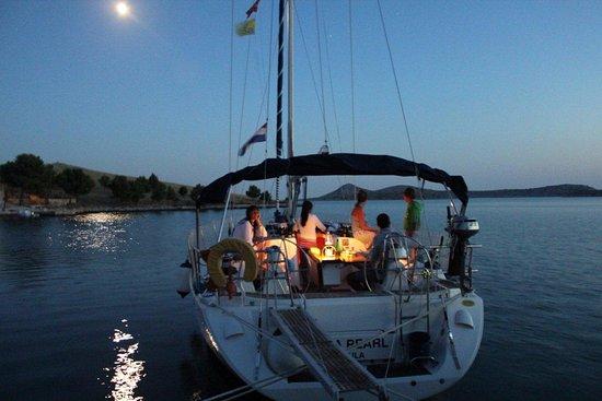 Kornat Island, Kroatien: ormeggio testa pontile