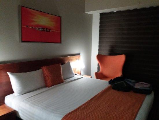 Mantra Charles Hotel: 20170825_215553_large.jpg