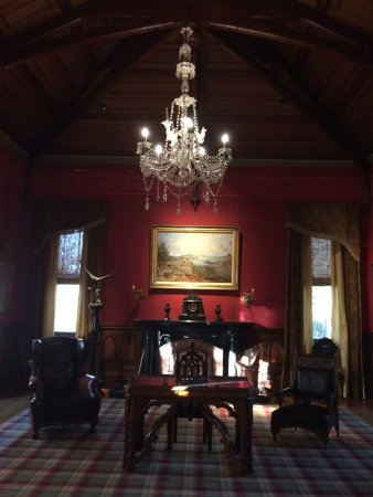 Larnach Castle & Gardens: This beautiful room housed the two old pianos