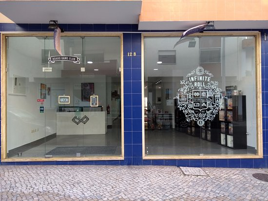 Caldas da Rainha, Portugal: Fachada exterior da nossa loja
