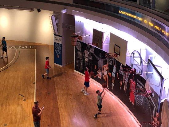 Basketball Hall of Fame : photo2.jpg