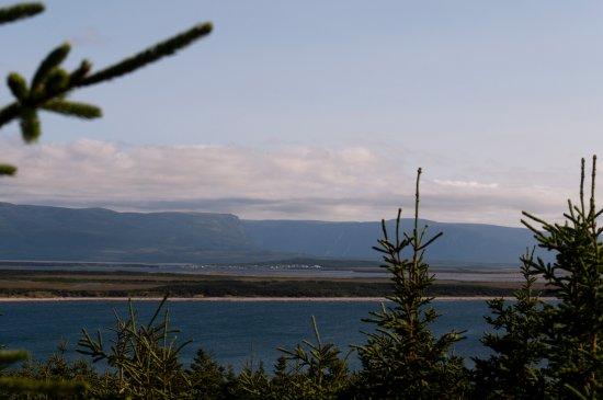 Cow Head Lighthouse: Long Range Mountains