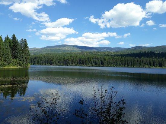 Rossland, Канада: Beautiful Nancy Greene Lake