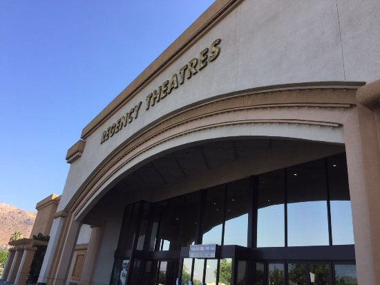 Moreno Valley, CA: Regency Theater 2