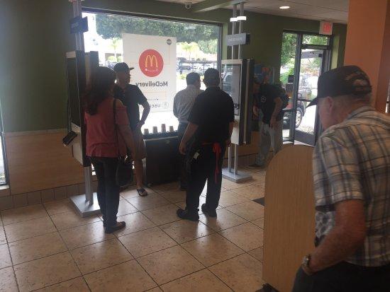 Whittier, Califórnia: McDonald's
