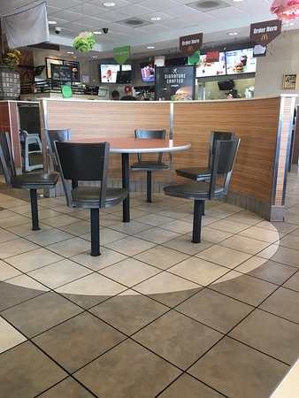 Mcdonald S 59 Of 63 Restaurants In Smithfield