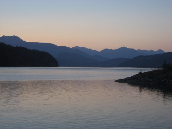 Heriot Bay, Canada: Sunset, Read Island west side