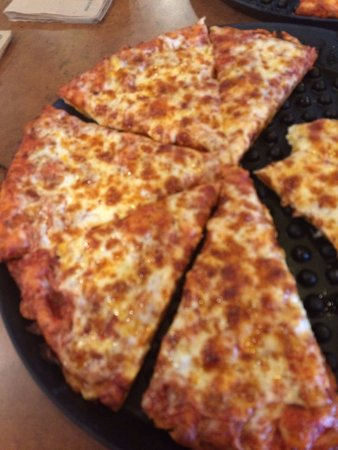 Round Table Pizza Bellingham Menu Prices Restaurant Reviews - Round table delivery fee