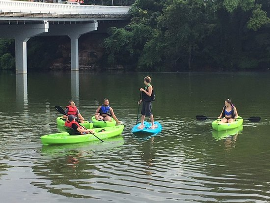Winchester, TN : We have paddle boards too...