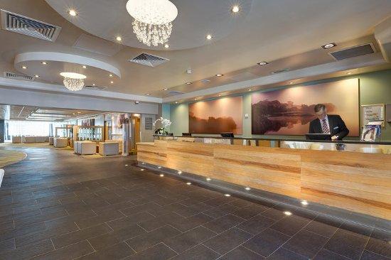 St Mellion International Resort: Resort Reception