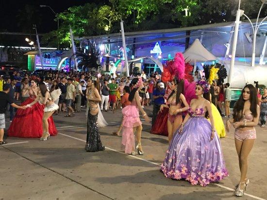 Somchai Taxi Thailand Bangkok