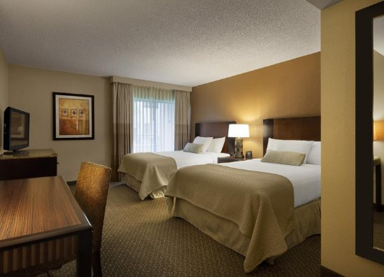 Embassy Suites by Hilton Hotel Phoenix - Tempe: Two Double Bed Suite