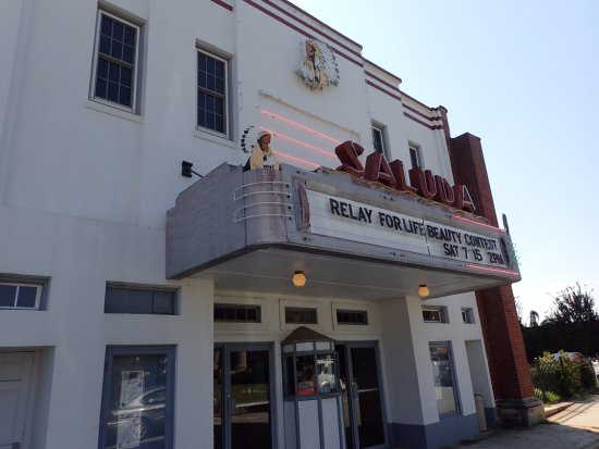 Saluda, SC: The front view of the theater.