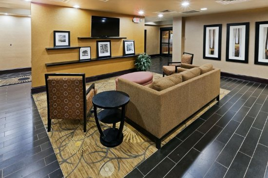 Hampton Inn Sherman : Lobby