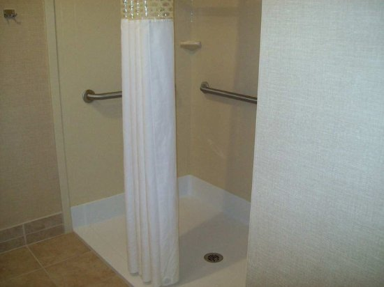 Sidney, OH: Roll-In Shower
