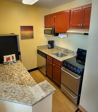 two bedroom suite kitchen picture of towneplace suites boston north shore danvers danvers. Black Bedroom Furniture Sets. Home Design Ideas