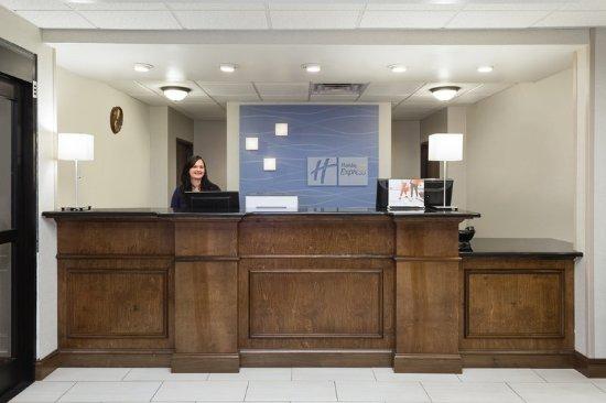 Princeton, WV: Front Desk