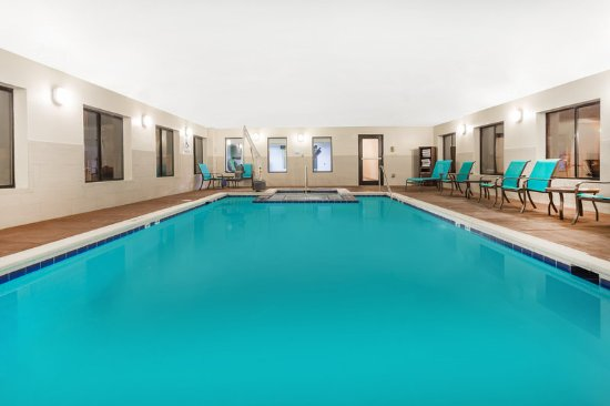 Holiday inn express princeton i 77 bewertungen fotos for Swimming pool preisvergleich