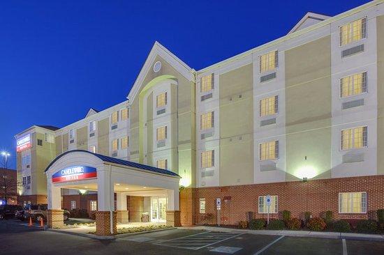 Candlewood Suites Virginia Beach / Norfolk: Hotel Exterior