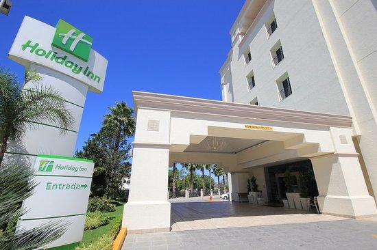 Holiday Inn Leon - Convention Center : Hotel Exterior