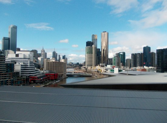 Pan Pacific Melbourne: East side river view towards city