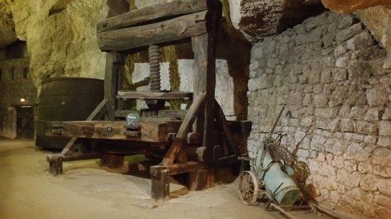 Cave du Pays de Bourgueil: 20170818_152027_large.jpg