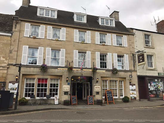 The crown and cushion hotel - Chipping Norton