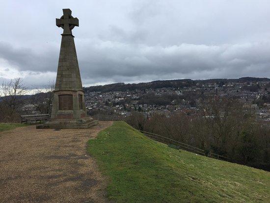 Pic Tor War Memorial
