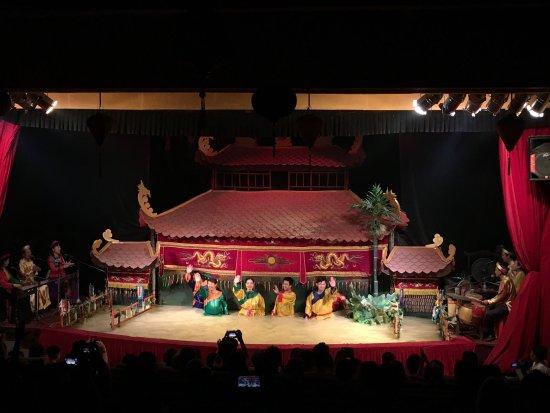 Golden Dragon Water Puppet Theater: photo7.jpg