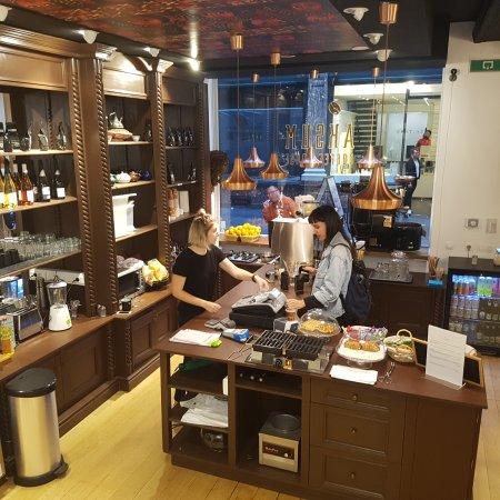 Aksum Coffee House : 20170808_193322_large.jpg