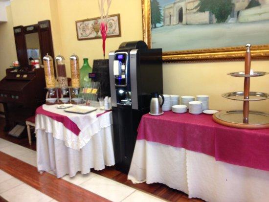 Grand Hotel Osman: si vedono banchi vuoti e non è bello