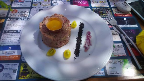 Louhans, France : tartare
