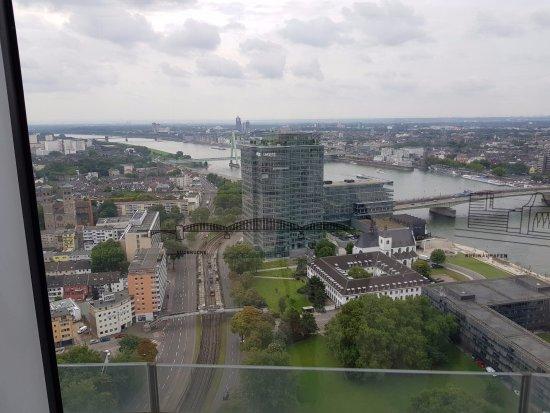 KölnTriangle : view 1