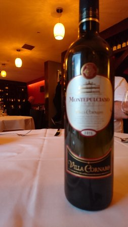 Mint Cottage: Superb wine to accompany indican