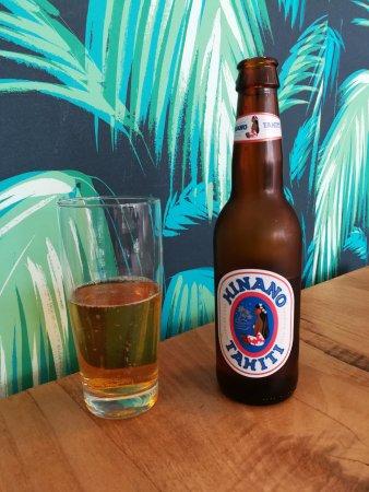 Une de nos bières du monde, la Hinano, une bière polynésienne fraîche et fruitée